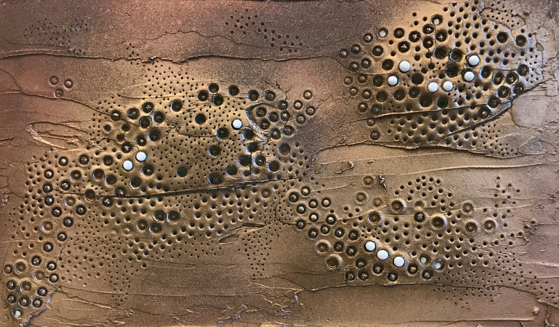 """Golden Trypophobia"""